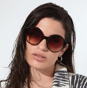 occhiali da sole di tendenza